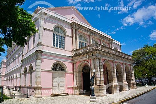 Assunto: Fachada do Teatro Santa Isabel (1850) / Local: Recife - Pernambuco (PE) - Brasil / Data: 11/2013