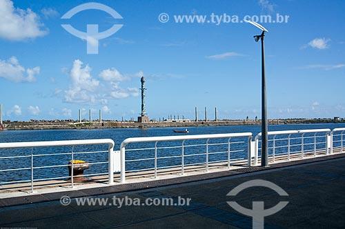 Assunto: Vista do Parque das Esculturas a partir do cais do Porto de Recife / Local: Recife - Pernambuco (PE) - Brasil / Data: 11/2013