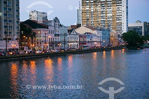 Assunto: Casarios na Rua da Aurora às margens do Rio Capiberibe / Local: Recife - Pernambuco (PE) - Brasil / Data: 11/2013