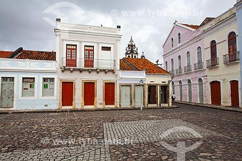 Assunto: Casarios no Pátio de São Pedro com igreja do Carmo ao fundo / Local: Santo Antônio - Recife - Pernambuco (PE) - Brasil / Data: 11/2013