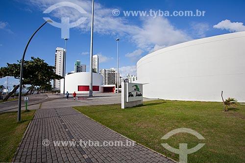 Assunto: Galeria Janete Costa (2008) - à direita - com o Teatro Luiz Mendonça ao fundo / Local: Boa Viagem - Recife - Pernambuco (PE) - Brasil / Data: 11/2013