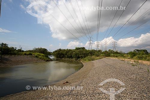 Assunto: Canal de São Francisco e torres de transmissão de energia elétrica / Local: Santa Cruz - Rio de Janeiro (RJ) - Brasil / Data: 02/2014