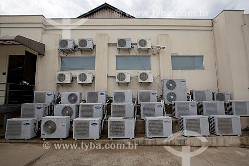 Assunto: Ar-condicionados tipo split em escritório comercial / Local: Limeira - São Paulo (SP) - Brasil / Data: 02/2014
