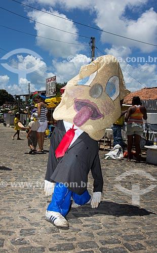 Assunto: Folião fantasiado durante o carnaval de rua / Local: Guadalupe - Olinda - Pernambuco (PE) - Brasil / Data: 03/2014