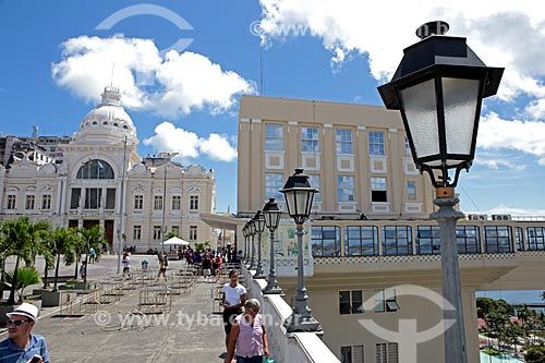Assunto: Elevador Lacerda e Palácio Rio Branco (antiga sede do governo da Bahia) / Local: Salvador - Bahia (BA) - Brasil / Data: 02/2014