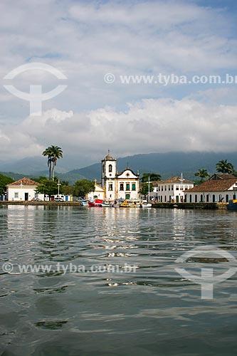 Assunto: Baía de Paraty com a Igreja de Santa Rita de Cássia (1722) / Local: Paraty - Rio de Janeiro (RJ) - Brasil / Data: 12/2007