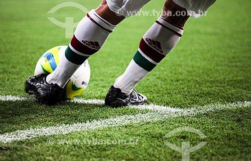 Assunto: Jogador cobrando escanteio - Fluminense x Boa Vista - Taça Guanabara 2014 - no Estádio Jornalista Mário Filho (1950) - também conhecido como Maracanã / Local: Maracanã - Rio de Janeiro (RJ) - Brasil / Data: 02/2014