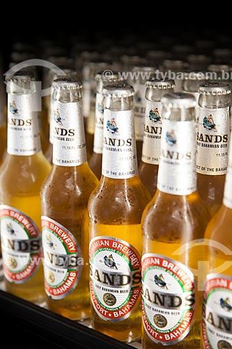 Assunto: Garrafas da cerveja Sands - da Bahamian Brewery / Local: Grande Bahama - Bahamas - América Central / Data: 06/2013