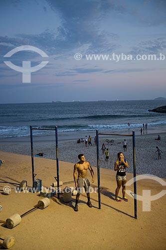Assunto: Academia ao ar livre na Praia do Diabo / Local: Ipanema - Rio de Janeiro (RJ) - Brasil / Data: 01/2014