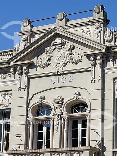 Assunto: Detalhe da fachada da Câmara da Indústria, Comércio, Serviços e Agropecuária do Vale do Paranhana (1918) / Local: Taquara - Rio Grande do Sul (RS) - Brasil / Data: 12/2013