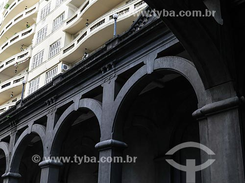 Assunto: Detalhe do Viaduto Otávio Rocha (1932) sobre a Avenida Borges de Medeiros / Local: Porto Alegre - Rio Grande do Sul (RS) - Brasil / Data: 03/2014