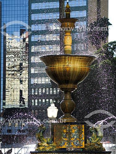 Assunto: Fonte Talavera de La Reina (1935) - presente da colônia espanhola em comemoração ao centenário da Revolução Farroupilha - na Praça Montevidéo / Local: Porto Alegre - Rio Grande do Sul (RS) - Brasil / Data: 03/2014