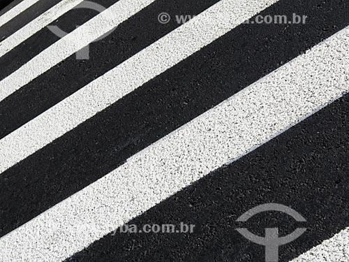 Assunto: Detalhe da faixa de pedestre da Avenida Siqueira Campos / Local: Porto Alegre - Rio Grande do Sul (RS) - Brasil / Data: 03/2014