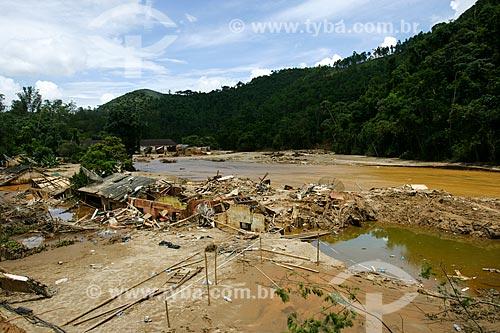 Deslizamento de terra no Vale do Cuiabá - área onde antes havia dezenas de casas  - Petrópolis - Rio de Janeiro - Brasil