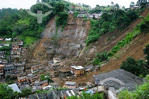 Deslizamento de terra causado pelas fortes chuvas  - Nova Friburgo - Rio de Janeiro - Brasil
