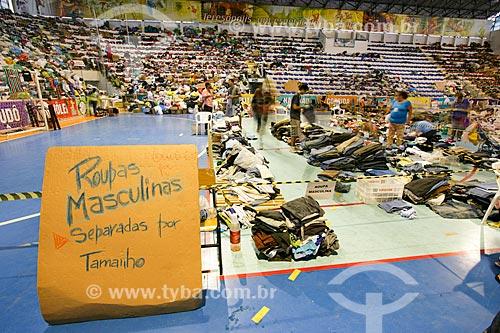 Ginásio Esportivo Pedro Jahara com doações para os desabrigados pelas fortes chuvas  - Teresópolis - Rio de Janeiro - Brasil