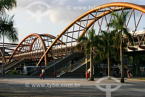 Passarela da estação Cidade do Novo do Metrô Rio  - Rio de Janeiro - Rio de Janeiro - Brasil