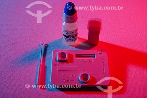 Kit de teste para HIV produzido pela Biomanguinhos  - Rio de Janeiro - Rio de Janeiro - Brasil