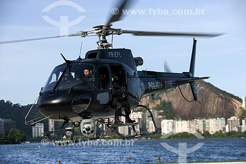 Helicóptero da Policia Civil - Serviço Aeropolicial (SAER) - equipado com Câmera Termal (possibilita a identificação pela temperatura)  - Rio de Janeiro - Rio de Janeiro - Brasil