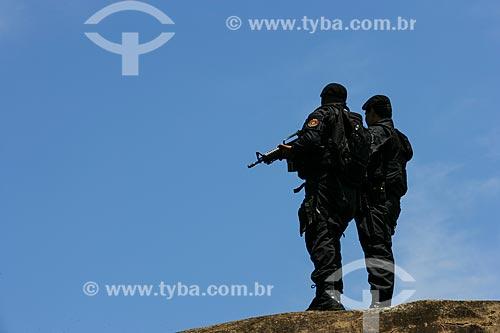 Operação policial para implantação da Unidade de Polícia Pacificadora (UPP) no Morro dos Macacos  - Rio de Janeiro - Rio de Janeiro - Brasil