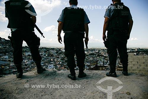 Policiamento na Vila Cruzeiro  - Rio de Janeiro - Rio de Janeiro - Brasil