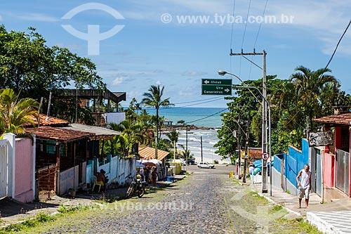 Assunto: Rua com praia ao fundo / Local: Distrito de Olivença - Ilhéus - Bahia (BA) - Brasil / Data: 02/2014