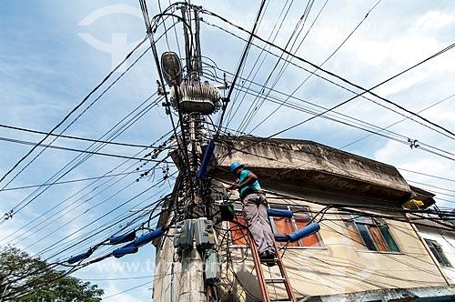 Assunto: Manutenção da rede de telefônica / Local: Tijuca - Rio de Janeiro (RJ) - Brasil / Data: 11/2011