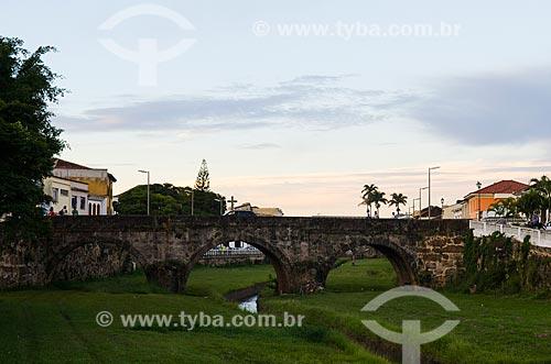 Assunto: Corrégo do Lenheiro sobre Ponte / Local: São João Del Rei - Minas Gerais (MG) - Brasil / Data: 06/2012