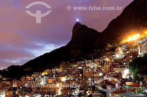 Assunto: Vista da Favela Santa Marta com Cristo Redentor ao fundo / Local: Rio de Janeiro (RJ) - Brasil / Data: 09/2012