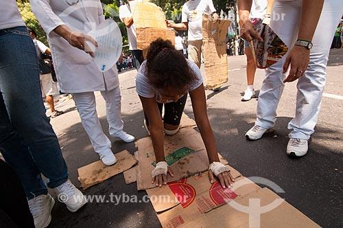 Assunto: Mulher pagando promessa na Procissão do Círio de Nazaré / Local: Belém - Pará (PA) - Brasil / Data: 10/2010