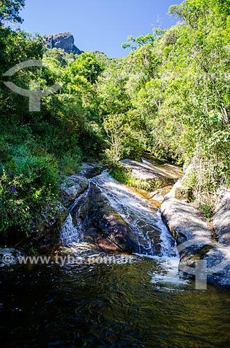 Assunto: Cachoeira na trilha de acesso ao Pico do Glória - Parque Nacional da Serra dos Órgãos / Local: Petrópolis - Rio de Janeiro (RJ) - Brasil / Data: 04/2014