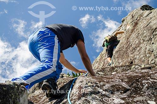 Assunto: Turistas escalando o Pico do Glória - Parque Nacional da Serra dos Órgãos / Local: Petrópolis - Rio de Janeiro (RJ) - Brasil / Data: 04/2014