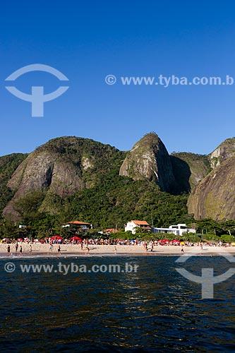 Assunto: Praia de Itacoatiara com a Serra do Alto Mourão ao fundo / Local: Itacoatiara - Niterói - Rio de Janeiro (RJ) - Brasil / Data: 03/2014