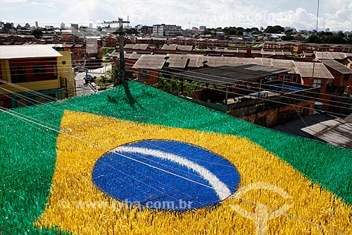 Assunto: Rua enfeitada com as cores do Brasil para a Copa do Mundo / Local: Morro da Liberdade - Manaus - Amazonas (AM) - Brasil / Data: 06/2014