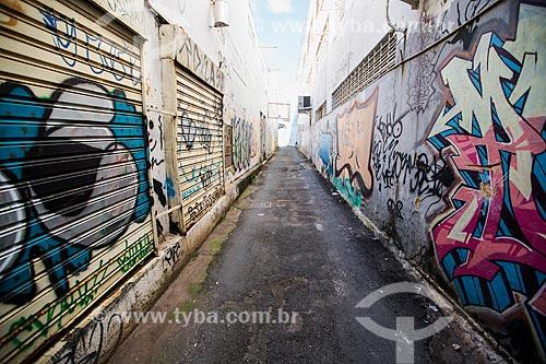 Assunto: Grafite no Beco do Codorna - na Avenida Anhanguera próximo ao número 5.345 / Local: Goiânia - Goiás (GO) - Brasil / Data: 05/2014