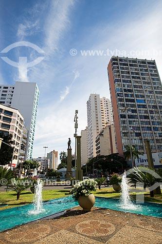 Assunto: Chafarizes na Praça dos Bandeirantes - cruzamento das Avenidas Goiás e Anhanguera / Local: Goiânia - Goiás (GO) - Brasil / Data: 05/2014