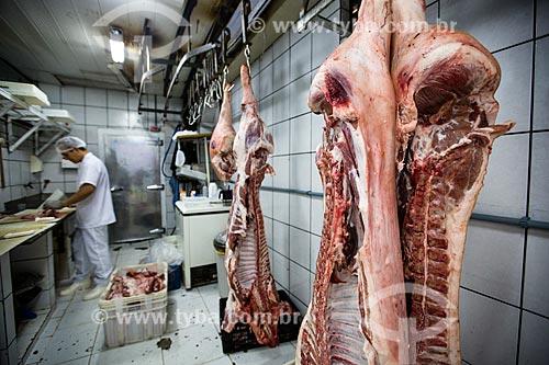 Assunto: Porco em exposição em açougue do Mercado Municipal de Goiânia / Local: Goiânia - Goiás (GO) - Brasil / Data: 05/2014