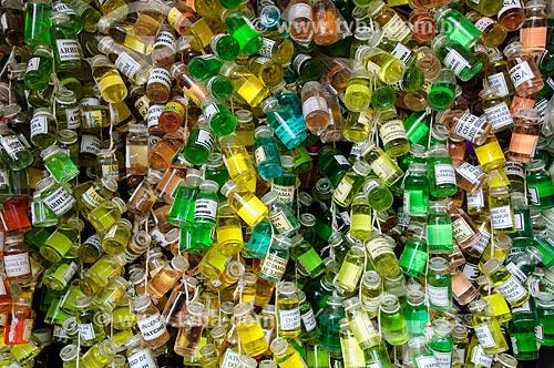 Assunto: Perfumes artesanais à venda no Mercado Ver-o-Peso / Local: Belém - Pará (PA) - Brasil / Data: 10/2010