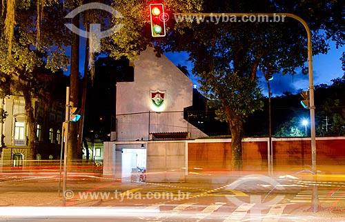 Assunto: Vista do Palácio Guanabara - à esquerda - com o Estádio Manoel Schwartz - mais conhecido como Estádio das Laranjeiras - sede do Fluminense Football Club / Local: Laranjeiras - Rio de Janeiro (RJ) - Brasil / Data: 05/2012