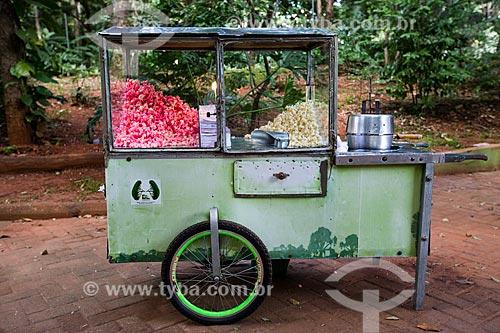 Assunto: Carroçinha de pipoca no Bosque dos Buritis / Local: Goiânia - Goiás (GO) - Brasil / Data: 05/2014