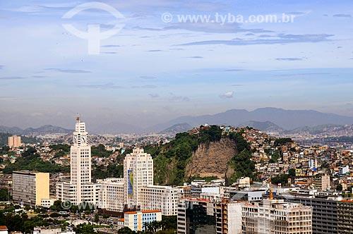Assunto: Vista aérea do Palácio Duque de Caxias e da Central do Brasil com Morro da Providência ao fundo / Local: Centro - Rio de Janeiro (RJ) - Brasil / Data: 01/2011