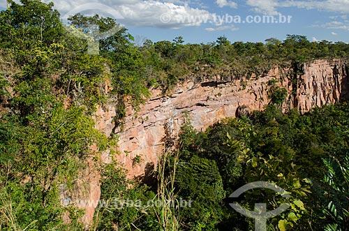 Assunto: Paisagem de formação rochosa na Chapada dos Guimarães / Local: Chapada dos Guimarães - Mato Grosso (MT) - Brasil / Data: 07/2013