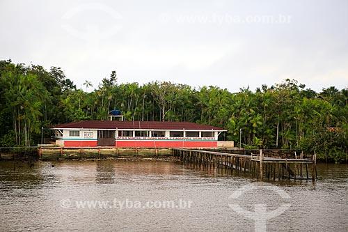 Assunto: Escola Municipal de Ensino Infantil e Fundamental Madre Oliveira próximo a cidade de Breves / Local: Breves - Pará (PA) - Brasil / Data: 03/2014