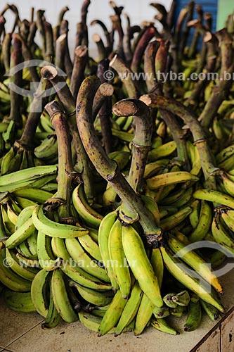 Assunto: Cachos de bananas ainda verdes à venda no Mercado Municipal Adolpho Lisboa / Local: Manaus - Amazonas (AM) - Brasil / Data: 04/2014