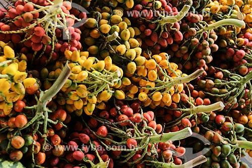 Assunto: Cachos de pupunha (Bactris gasipaes) à venda no Mercado Municipal Adolpho Lisboa / Local: Manaus - Amazonas (AM) - Brasil / Data: 04/2014