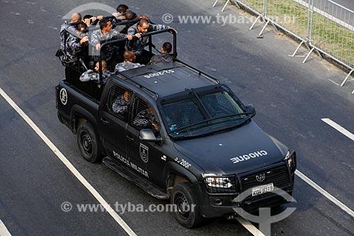 Assunto: Polícia Militar fazendo a interdição da Avenida Radial Oeste - também conhecida como Avenida Presidente Castelo Branco / Local: Maracanã - Rio de Janeiro (RJ) - Brasil / Data: 06/2014