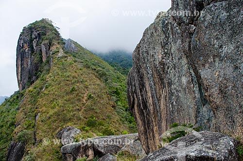 Assunto: Torres de Bonsucesso no Parque Estadual dos Três Picos / Local: Teresópolis - Rio de Janeiro (RJ) - Brasil / Data: 05/2014