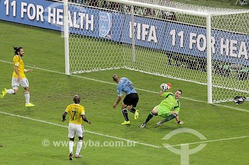 Assunto: Defesa do goleiro Ospina durante o jogo entre Colômbia x Uruguai pela Copa do Mundo no Brasil / Local: Maracanã - Rio de Janeiro (RJ) - Brasil / Data: 06/2014