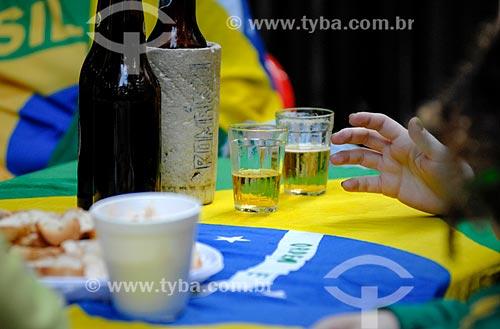 Assunto: Detalhe de mesa de bar durante o jogo entre Brasil x México pela Copa do Mundo no Brasil / Local: Copacabana - Rio de Janeiro (RJ) - Brasil / Data: 06/2014