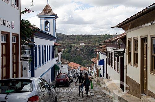 Assunto: Rua do Amparo e torre da Igreja de Nossa Senhora do Amparo ao fundo / Local: Diamantina - Minas Gerais (MG) - Brasil / Data: 06/2012